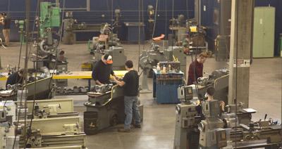 Manufacturing Engineering Technology Degree Program at Oregon Tech