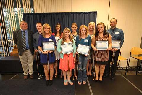 Outstanding-Scholars2